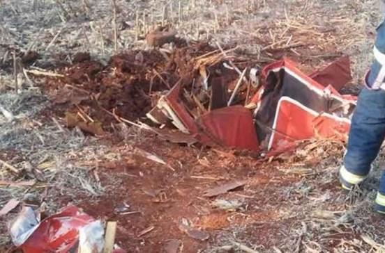 Piloto morre em acrobacia durante feira de aviação