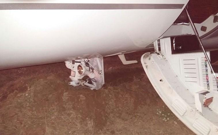 Acidente com avião de Cristiano Ronaldo em Barcelona — Vídeo