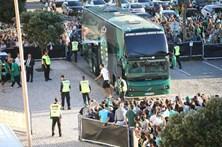 Autocarro do Sporting tem acidente