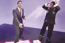 Estraga truque de Kung Fu na TV
