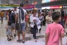 Argelino escapa de aeroporto ao pedir para fumar