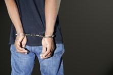 Detido por abuso sexual de crianças junto a escola