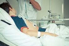 Dezenas de casos de gastroenterite detetados em escola