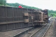 Descarrilamento de comboio provoca 50 mortos