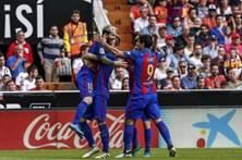Penálti de Messi dá vitória ao Barcelona no último minuto