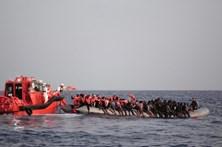 Recuperados sete cadáveres no mar ao sul de Itália