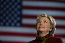 Clinton aumenta avanço sobre Trump