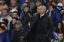 Mourinho humilhado no regresso a Stamford Bridge