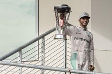 Lewis Hamilton vence Grande Prémio dos Estados Unidos