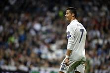 Ronaldo entre os primeiros nomeados para a Bola de Ouro