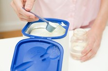 19 detidos por vender leite em pó fora de prazo