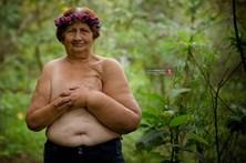 Faz sessão fotográfica da avó que sofreu dupla mastectomia