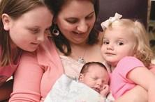 Bebé nasce duas vezes nos EUA
