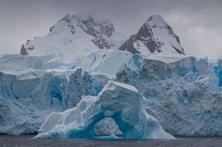 Glaciar na Antártida derrete mais rapidamente do que o previsto