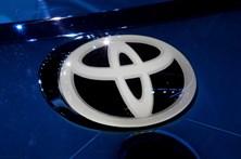 Defeito em 'airbags' da Toyota mata 16 pessoas ao volante