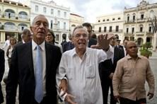 Marcelo Rebelo de Sousa recebido por Raúl Castro