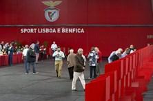 Rui Vitória e jogadores já votaram nas eleições do Benfica