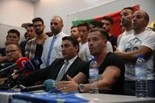 Canelas 2010 apela a que clubes desistam da falta de comparência