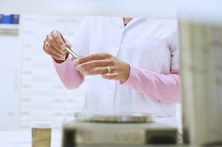 Medicamentos para o cancro mal preparados fecham quatro farmácias