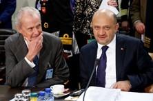 Turquia quer operação da NATO concluída até ao fim do ano