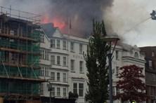 Incêndio em hotel no Reino Unido