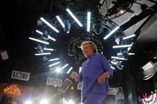 FBI obtém mandado para investigar emails de Hillary