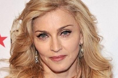 Madonna janta com modelos no Bairro Alto