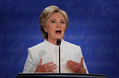 Hillary Clinton defende casamento gay e aborto