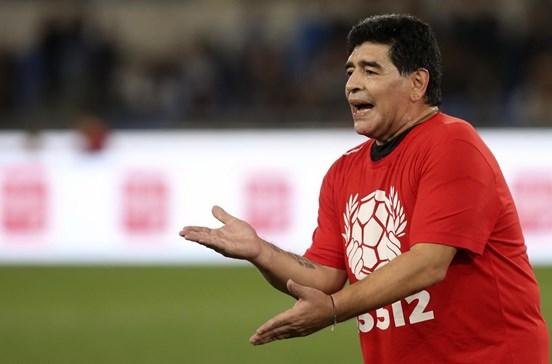 Maradona vai tornar-se embaixador do Nápoles após regularizar situação fiscal