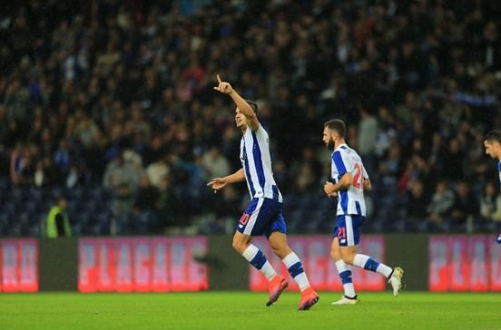 FC Porto vence com facilidade o Arouca