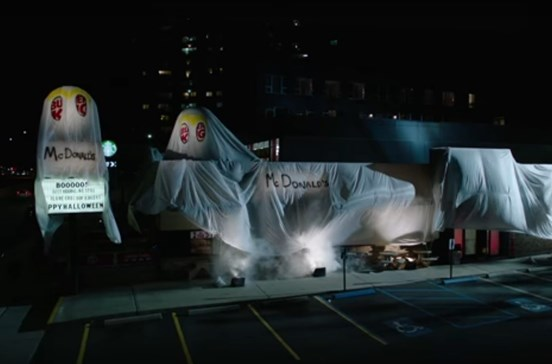 Burger King mascara-se de McDonald's para o Halloween