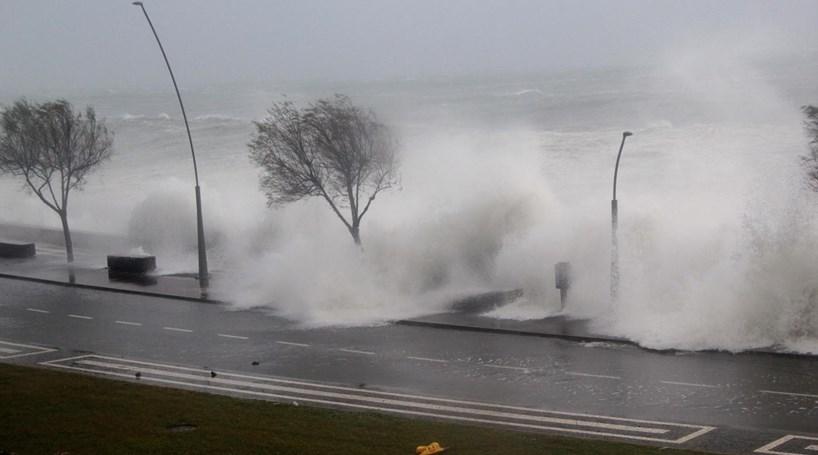 Aviso 'Laranja' nos Açores devido à chuva forte