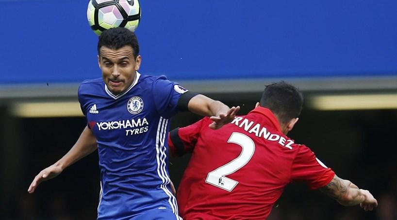 Campeão Leicester perde com o Chelsea