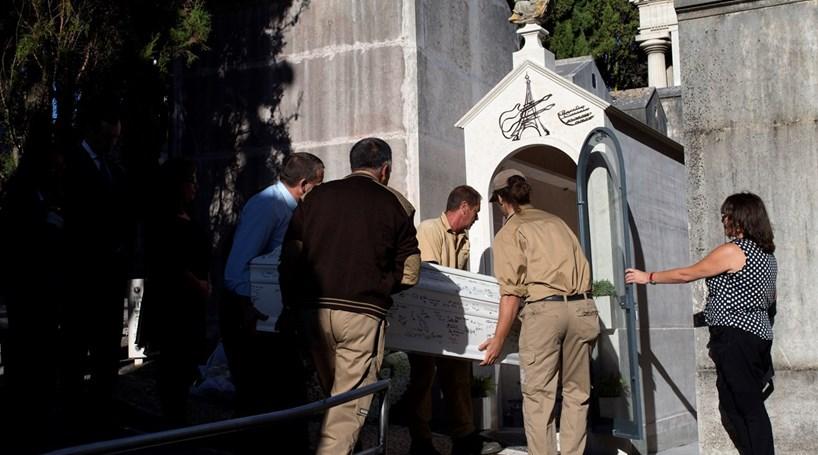 Vítima portuguesa do Bataclan trasladada