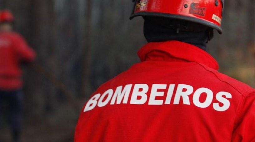 Incêndio em prédio emLisboa faz dois desalojados
