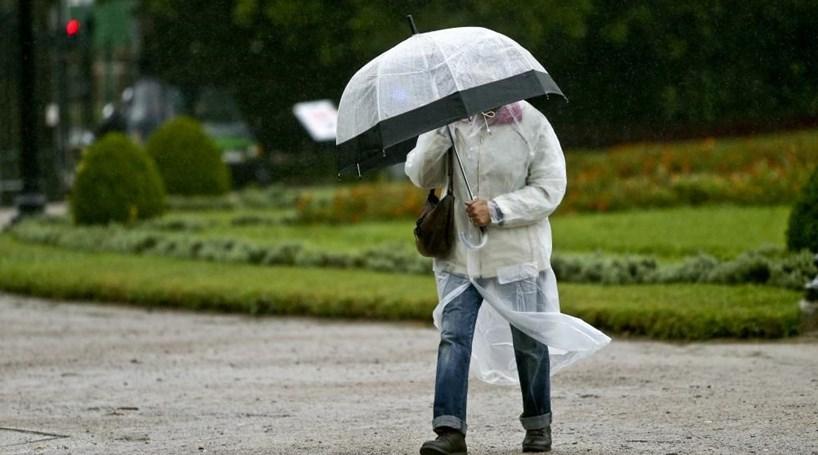 Cinco distritos sob aviso amarelo devido à chuva