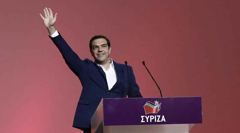 Alexis Tsipras reconduzido na liderança do Syriza