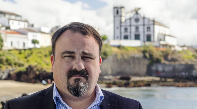 """Líder do PPM """"muito contente"""" com reeleição no Corvo"""