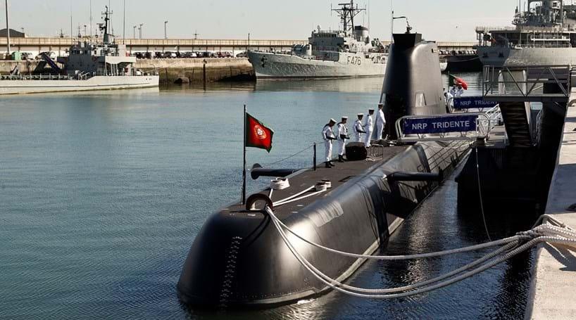 Revisão de submarinos custa 48 milhões