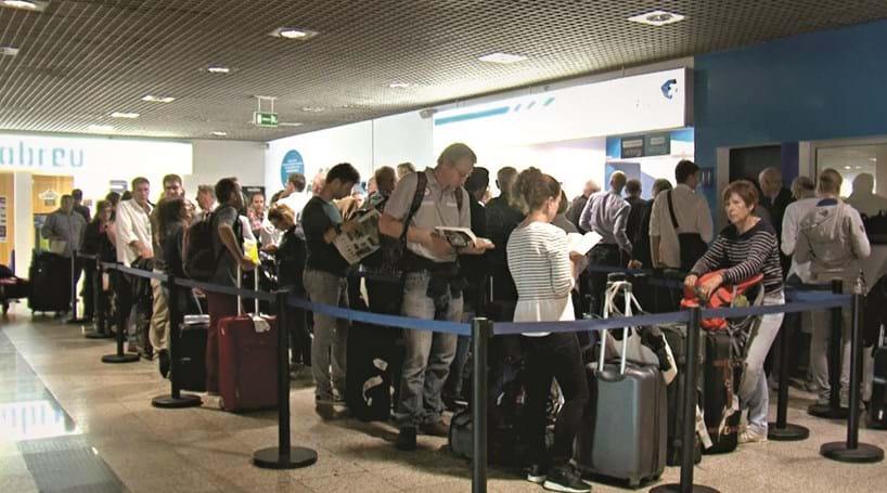 Vento de 114 km/h cancela 19 voos