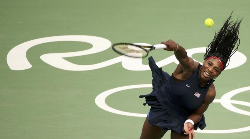 Serena Williams falha Masters devido a problemas nos ombros