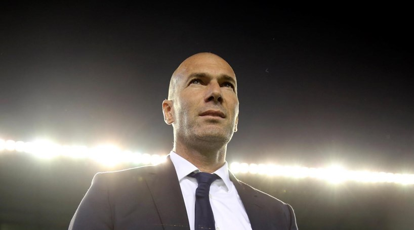 Zidane defende Benzema e ataca Hollande