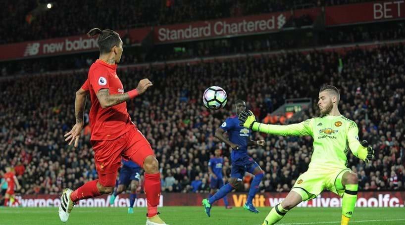 Manchester United e Liverpool empatam sem golos