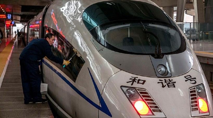Cinco milcomboios vão ligar China à Europa em 2020