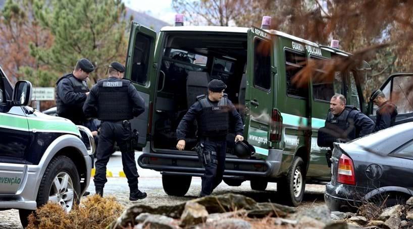 Militar da GNR foi atingido pela própria arma