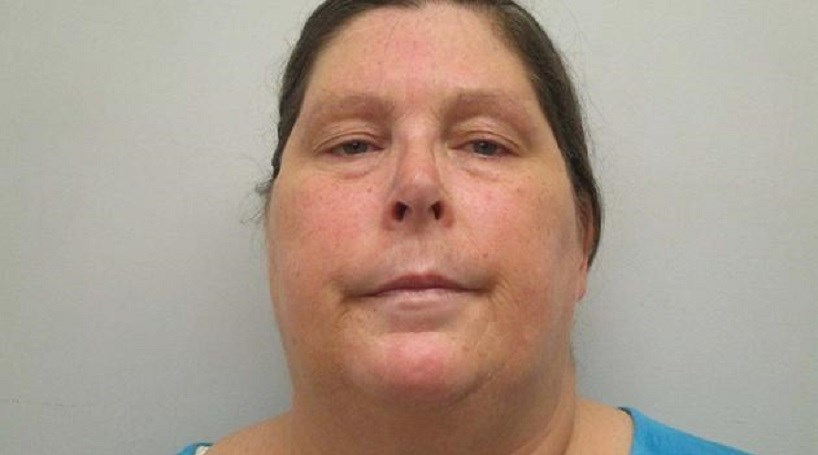 Mãe presa por mandar droga à filha detida