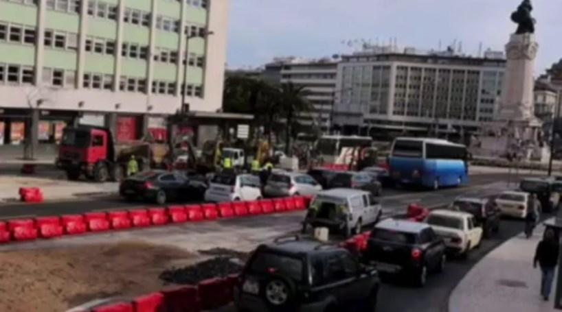 Vídeo viral de estudante Erasmus dá mote para críticas a Lisboa