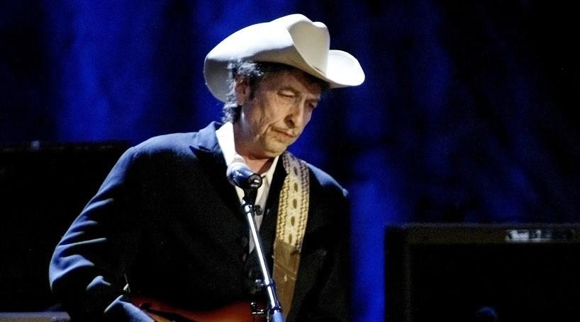 Bob Dylan não vai à homenagem de Obama a premiados com o Nobel