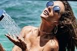 Alessandra Ambrosio sensual e ousada