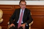 Bruxelas aguarda nomeação de novos administradores e não comenta saídas
